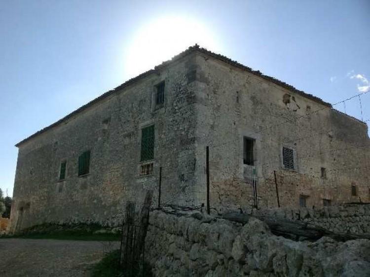 Property for Sale in Sineu, Sineu, Islas Baleares, Spain
