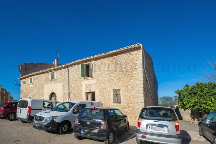 Property for Sale in Moscari, Moscari, Islas Baleares, Spain